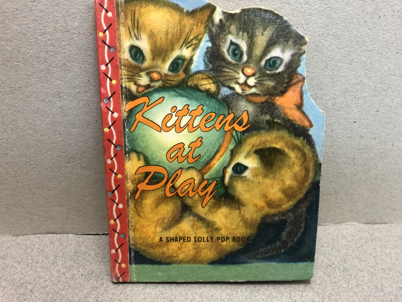 Image for Kittens At Play : A Shaped Lolly Pop Book
