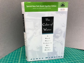 Image for THE COLOR OF WATER : A Black Man's Tribute to His White Mother (signed)